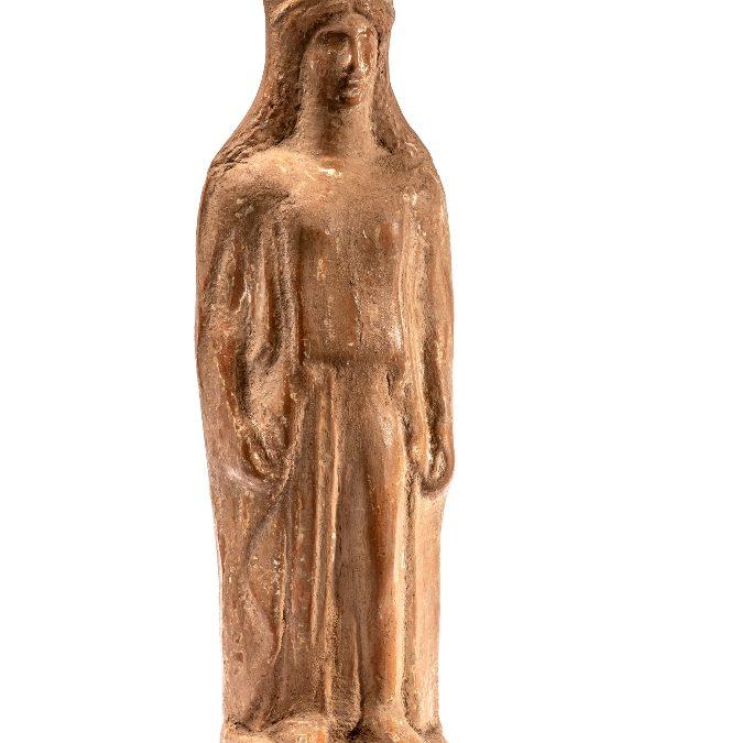 Figura femenina del tipus cora (Possible Demèter)