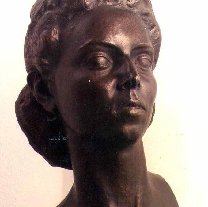 Bust de Maria Mercè Viñas Fàbrega